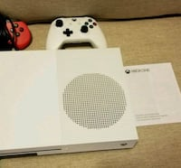 white Xbox One console with controller Nueva York, 11368