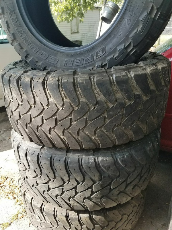 Used Mud Tires For Sale >> Used Used Set Of Mud Tires 35 1250 R 20 For Sale In Washington Letgo