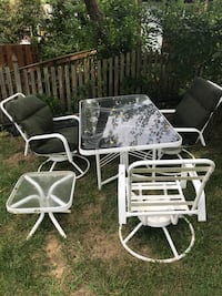 Patio furniture- 3 Chairs, large and small table Cabin John, 20818