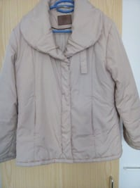 Winterjacke in beige  seidiges Material