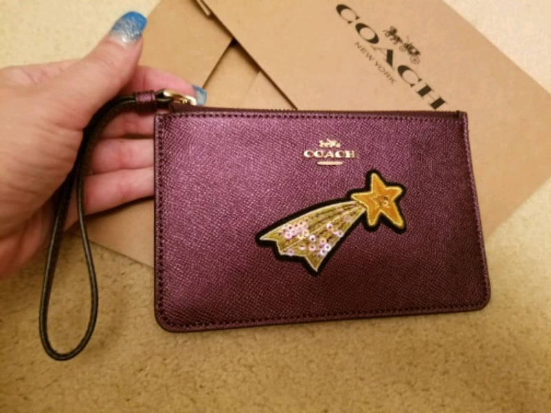 NWT COACH Purple ( Metallic Raspberry)Wristlet  6f462a00-1a07-4412-882c-349f3fed5308
