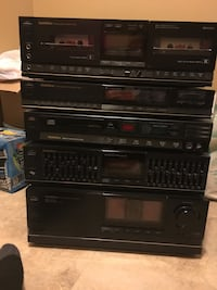 Goldstar stereo system, fully functional. Double cassette deck, CD player, integrated amplifier, graphic equalizer and quartz synthesizer tuner. Central Elgin, N5P