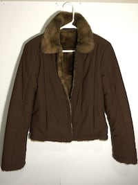 Small unknown brand brown fur collar jacket  Fall River, 02720