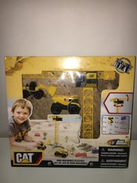 New Construction Toy Playset Toronto, M4C 5P9