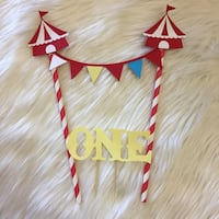 2 piece carnival themed cake topper