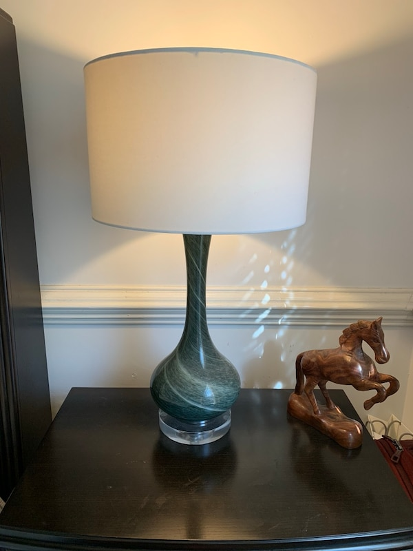 2 sets of side bed lamps in perfect condition