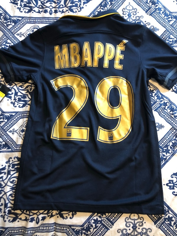 premium selection cae8c 0be22 Nike MBAPPE FEDCOM Boys Sz S Ages 8-10 Black & Gold Soccer Jersey