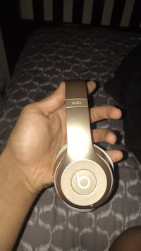 beats solo wirless rose gold Wichita Falls, 76308