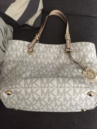 Michael kors Escondido, 92025