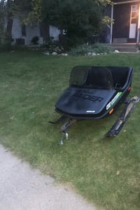 Snowmobile trailer for people Sioux Falls, 57103