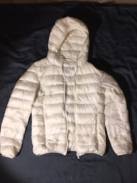 white zip-up bubble jacket Germantown, 20874