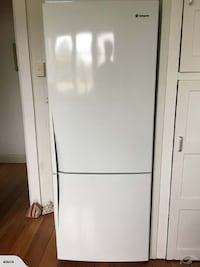 Westinghouse Fridge Freezer AUCKLAND