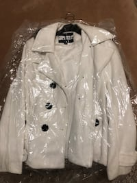 Pea Cost Size M by Deb never worn Clayton, 27520