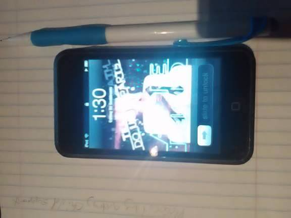 8GB IPOD TOUCH Port Orchard