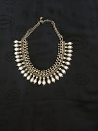 Zara necklace  Calgary, T3E 2R1