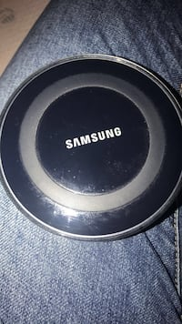 SAMSUNG WIRELESS CHARGING PAD Lexington, 40509
