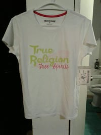 True religion shirt Nanaimo, V9R 3R9