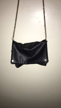 Women's black leather shoulder bag Temple Hills