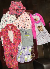 Girls Pajamas LOT  6 6x -7 Clarksville, 37043