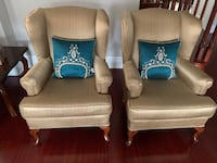 Gorgeous chairs with pillows set of 2  Vaughan, L0J 4J2