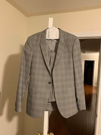 Slim fit TOPMAN suit (Small)  Vaughan, L6A 0H7