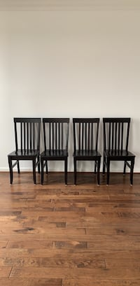 4 dining room chairs  Ashburn, 20147