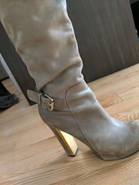 Guess Taupe Size 6.5 Leather Boots  Toronto, M2M 1R1