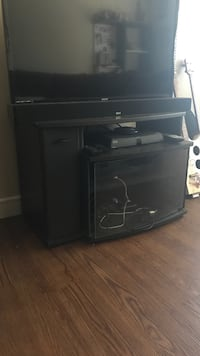 Black TV stand. Salt Lake City, 84107