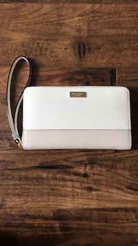 Kate spade wristlet wallet Kitchener, N2C 1X1