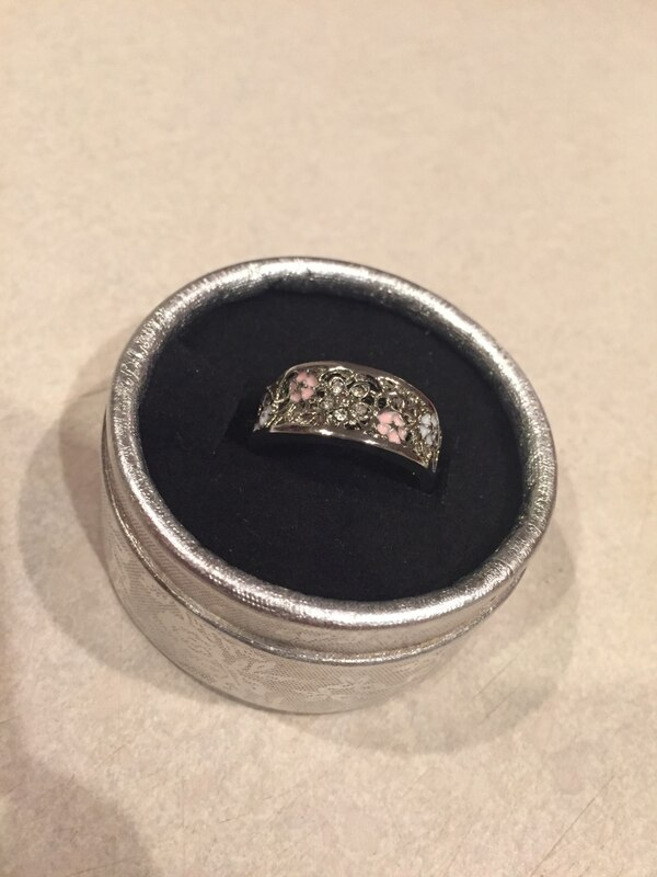 Costume jewelry ring