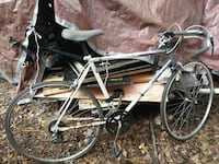 grey and white road bike ready to sell works good