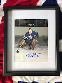 Toronto maple leafs Johnny Bower signed and framed photo  Châteauguay, J6K 2M7