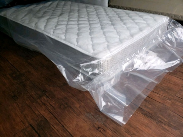 Brand new single full mattress, delivery 30$ box 7 6acd3df4-654a-49a8-ba20-ca2bb3243278