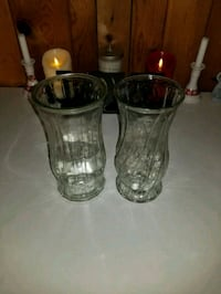two clear glass vases Queens, 11426