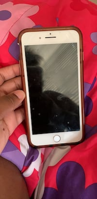silver iPhone 6 with brown case Hyattsville, 20785