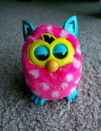Pink furby boom Vancouver, 98682