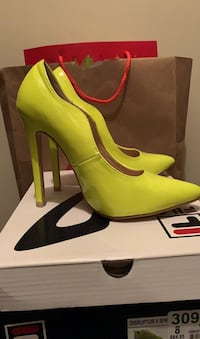 Lime Pumps size 8 Owings Mills, 21117