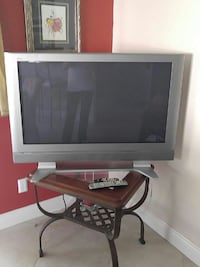 gray CRT TV with remote Naples, 34108