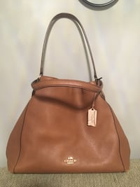 Purse ... Coach soft leather Kingston, K7P 1M8