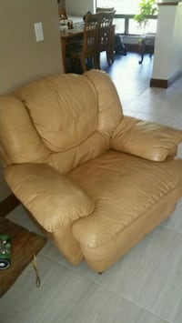 brown leather recliner sofa chair Fort Lauderdale, 33330