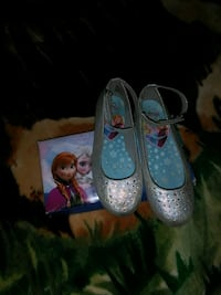 pair of gray leather mary jane shoes Indio, 92201