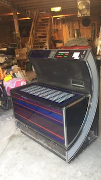 Seeburg jukebox needs repair Madison, 44057