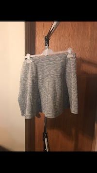 Cute heather grey skort new with tags Calgary, T3G