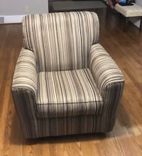 Ashley Swivel Accent Chair Portsmouth, 23707