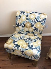 white, blue, and green floral fabric sofa chair Houston, 77066