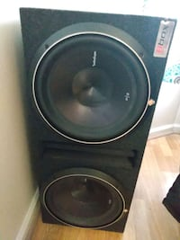 "Two 12"" Rockford fisgates subs with Pioneer amp and wiring kit"