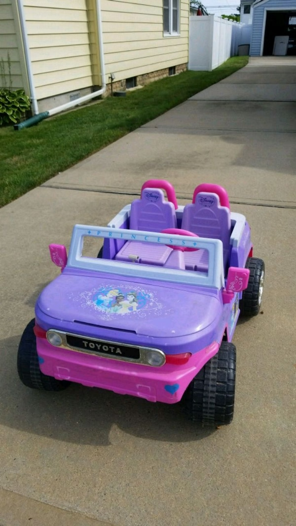 b472ff3fc71c Used purple and pink ride on toy for sale in Baldwin - letgo
