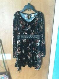 black and gray floral long-sleeved dress Davie, 33325