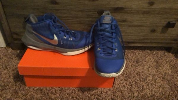 2ce72bfb4fa1 Used Nike Air Versatile for sale in Duluth - letgo