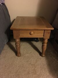 BROYHILL END TABLE WITH DRAWER Dublin, 43017